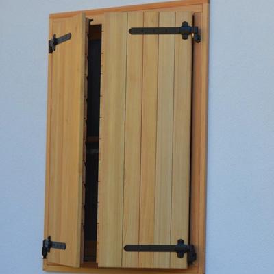 Riparazione tapparelle alluminio avvolgibili pvc scuri for Scuri in legno costo